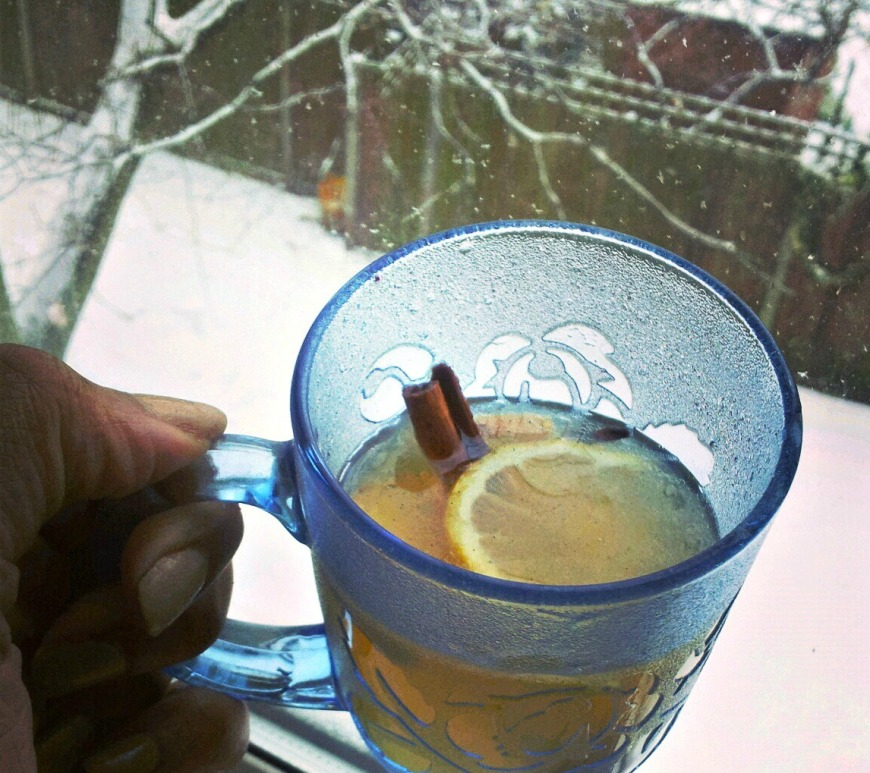 Hot buttered rum with coconut oil
