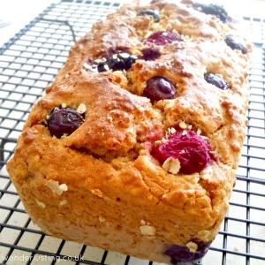 Spelt oat berry bread loaf