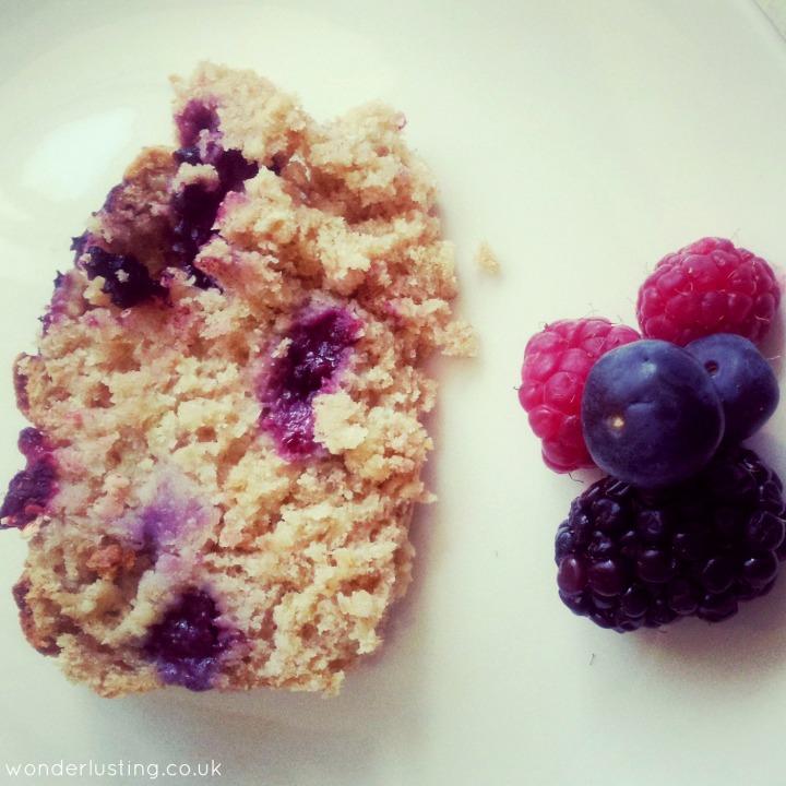 Spelt oat berry bread slice