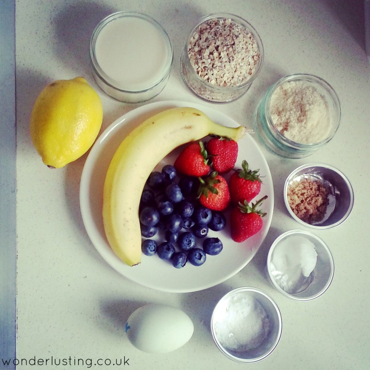 Berry_and_Banana_Glutenfree_Pancakes_ingredients
