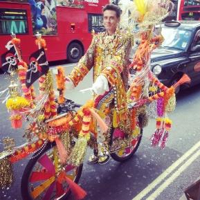 Reason #1001 why I love London: ColourfulCharacters