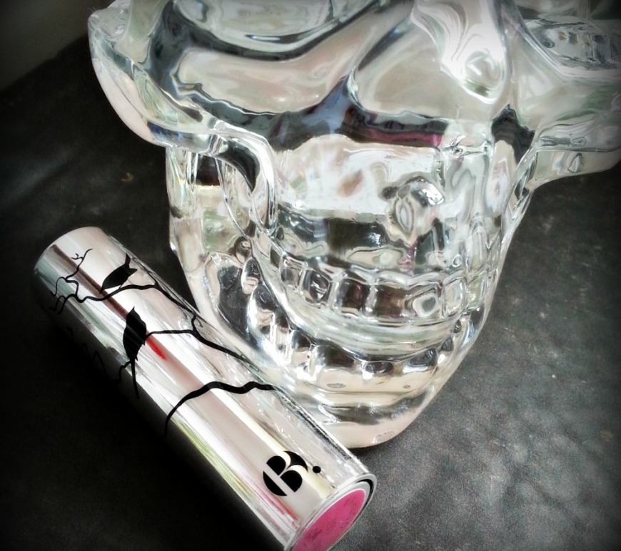 B. Gothika lipstick tube