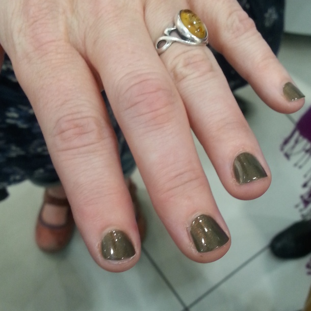 Vintage Bronze, HJ Manicure on the lovely @OrganicMUA