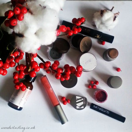 All the makeup for daytime and nightime Christmas looks