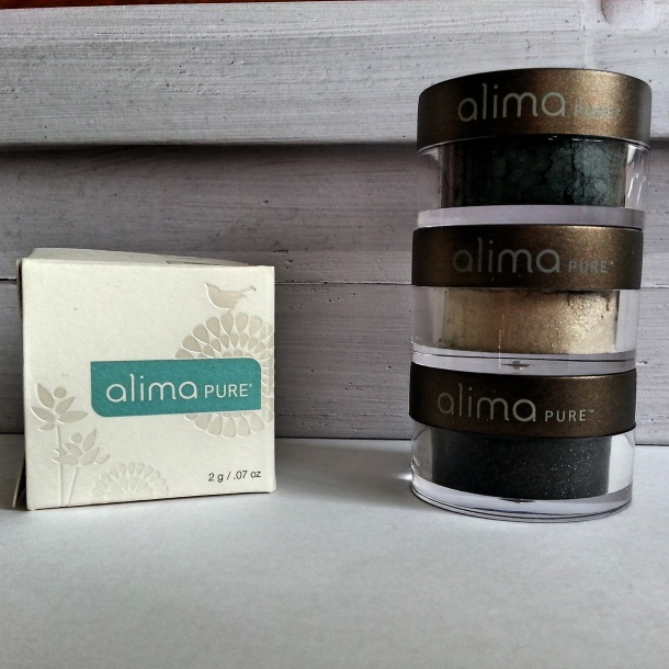 Alima_Pure_ByNight-eyeshadows_Fotor