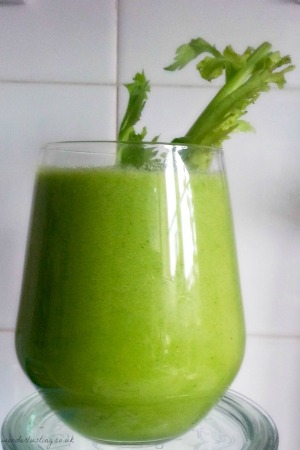 hydrating-skin-green-smoothie