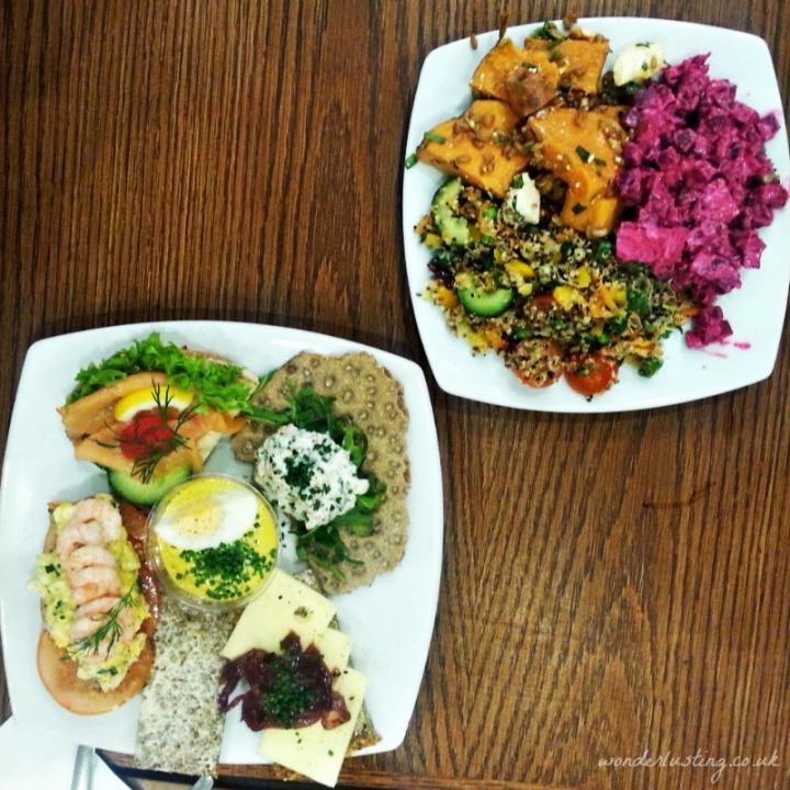 Scandinavian-Kitchen-plates