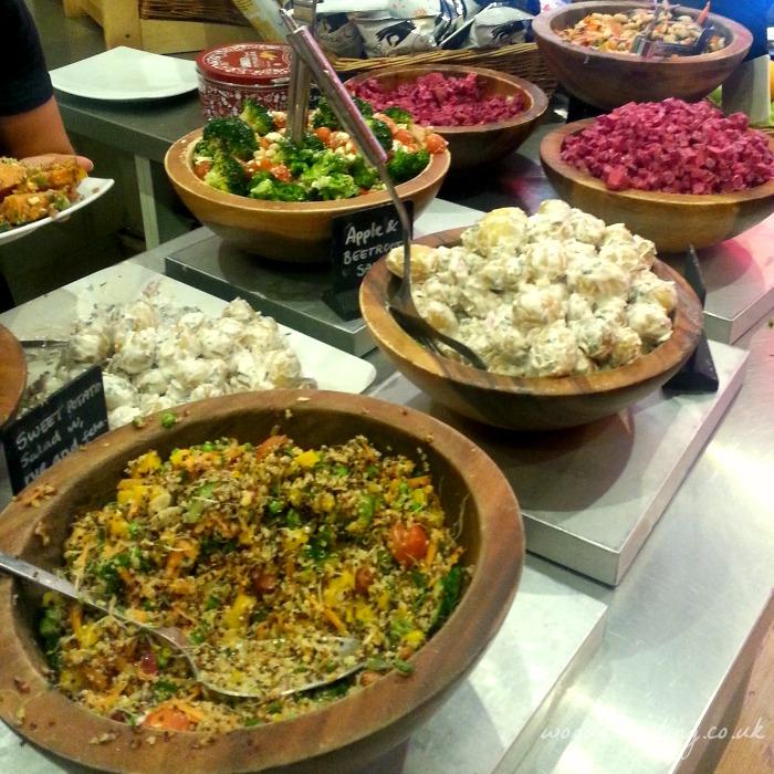 Scandinavian-Kitchen-salads
