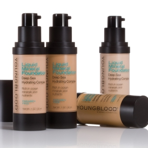 Youngblood Liquid Mineral Foundation Review and Swatches