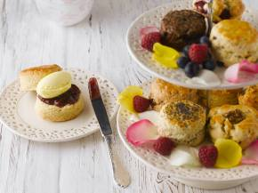 Scrumptious Sconnoisseur Cream Tea…..By Post!