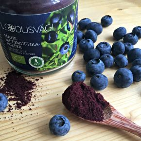 Two Ways With Superfood Wild Blueberries and Oats (vegan, vegetarian, gluten-free)