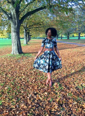 Wonderlusting Wardrobe: Autumn Winter Floral Frock