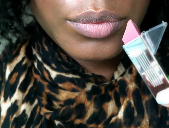 Naked, Stiks lipstick