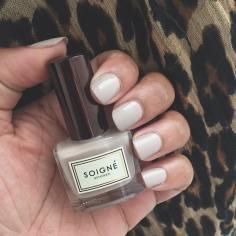 soigne eternel nail polish swatch