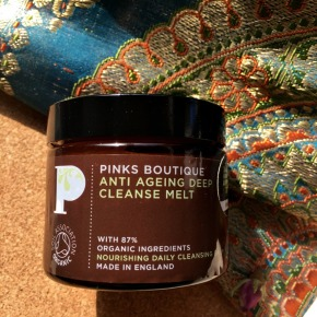 Pinks Boutique's Anti Ageing Deep Cleanse Melt Review