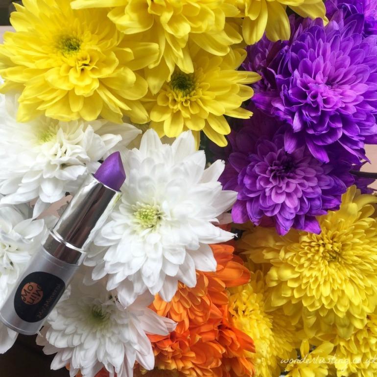 Momineral purple lipstick
