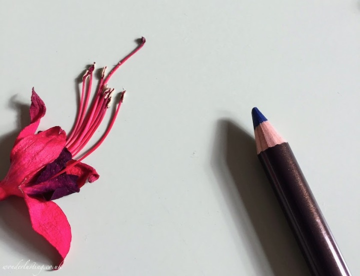 Alima-Pure-Eyeliner-Indigo-Review