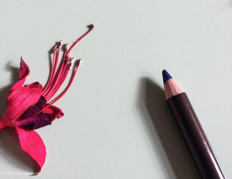 Alima-Pure-Eyeliner-Indigo-Review